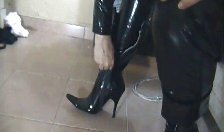 Sexo duro y caliente de una coqueta con un videos de maduras tetonas chico