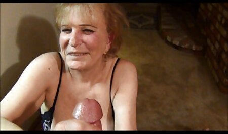 Joven modelo porno depravada quiere mujeres maduras video tener sexo con un falo negro caliente