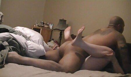 Gordita francesa de grandes pezones y coño peludo peliculas de maduras está lista para el anal