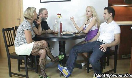 Joven rubia folla por dinero viejas gordas lesbianas con un generoso desconocido