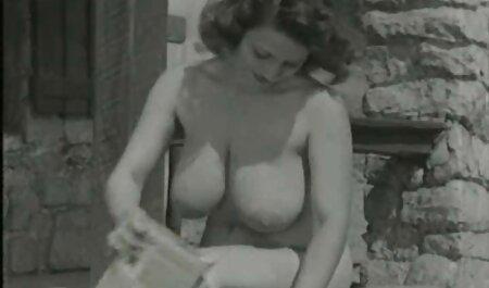 Jovencita alemana en sujetador POV peliculas eroticas de maduras mamada con lamiendo bolas
