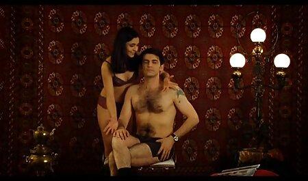 Una videos de maduras desnudas joven rubia suelta involucró a un caballero en follársela en la cocina
