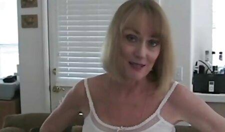 Sexy rubia madurasxxz hermosa y decentemente follada en una habitación de hotel