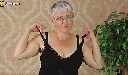 El falo del novio disfruta de una impresionante mamada de una joven rubia sofisticada videos de señoras maduras