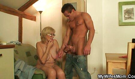 Una madura participa en un rodaje porno y videos xxx tetonas maduras folla de diferentes estilos