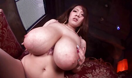 Un chico joven se folla activamente a una asiática madura de coño peludo y la lleva al orgasmo maduras bien peludas