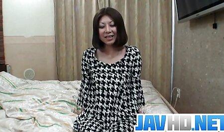 Señora tetona y su coño videos de maduras culonas se excitaron mucho con un vibrador zumbante