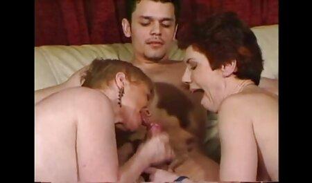 El jefe quedó atónito con el striptease de su secretaria mujeres adultas follando