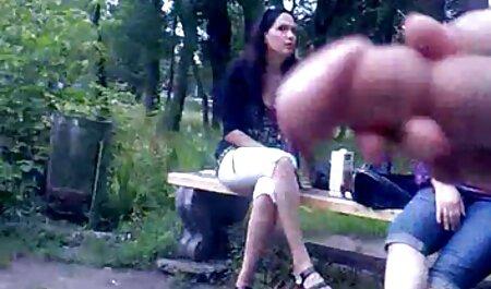 La rubia fue ensartada bruscamente videos pornos de viejas maduras con la boca en el pene.