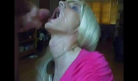 Brutal follada maduras de 50 follando grupal en una fiesta con jovencitas cachondas